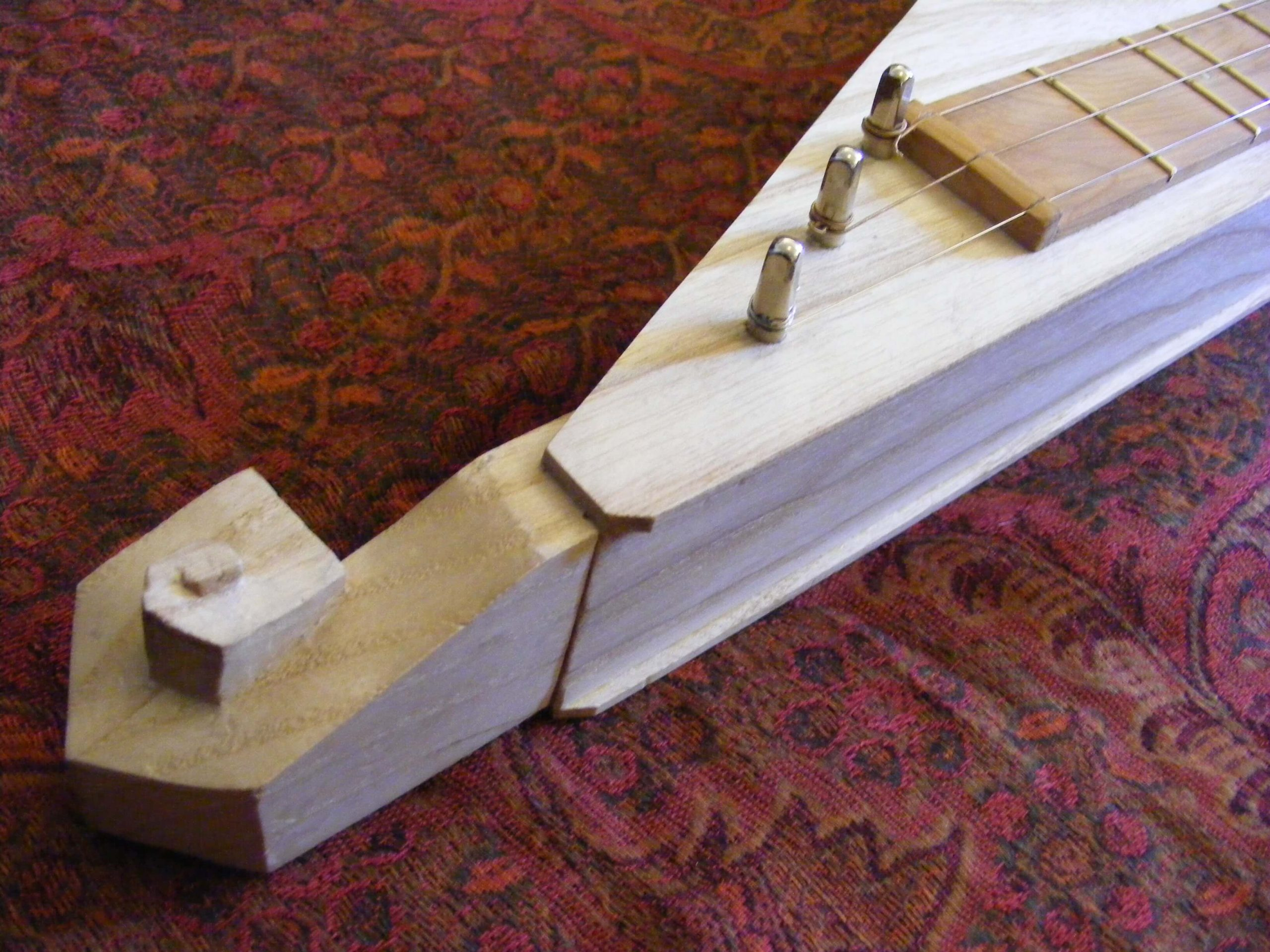 Cork-Guitars - handmade instrument